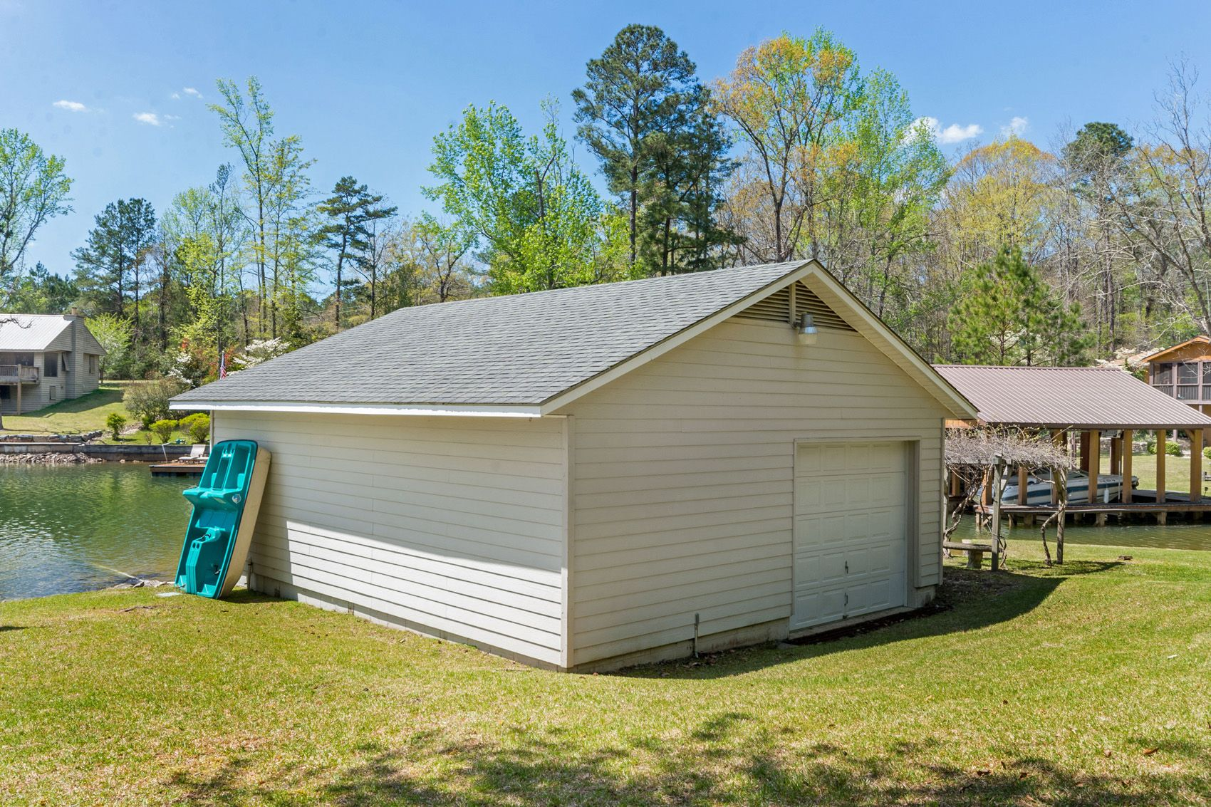 Boat House/garage | 90 Mayors Lane, Equality, Al 36026 | House