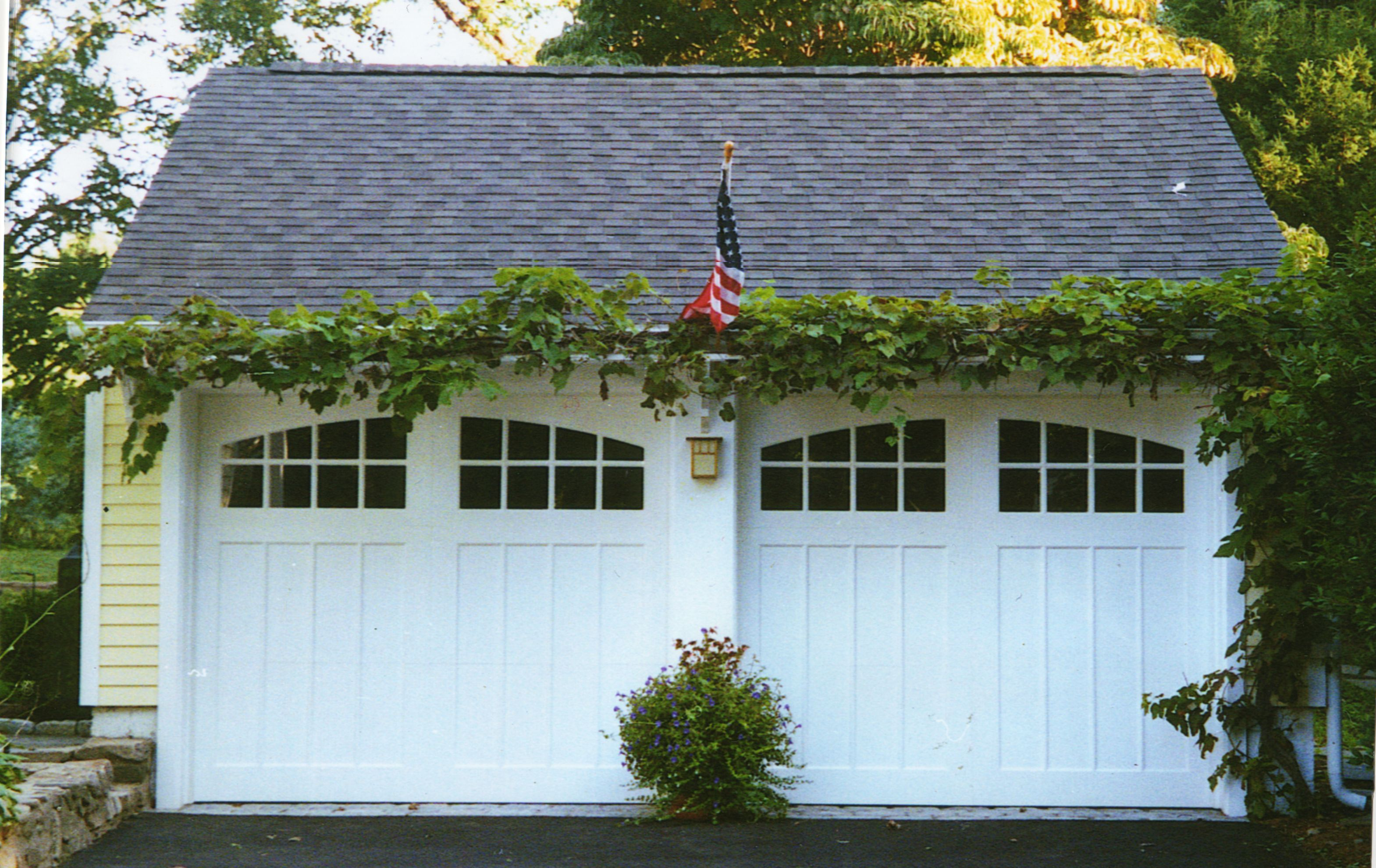 Pin By Monica Griffith On Garage | Carriage House Garage, Carriage