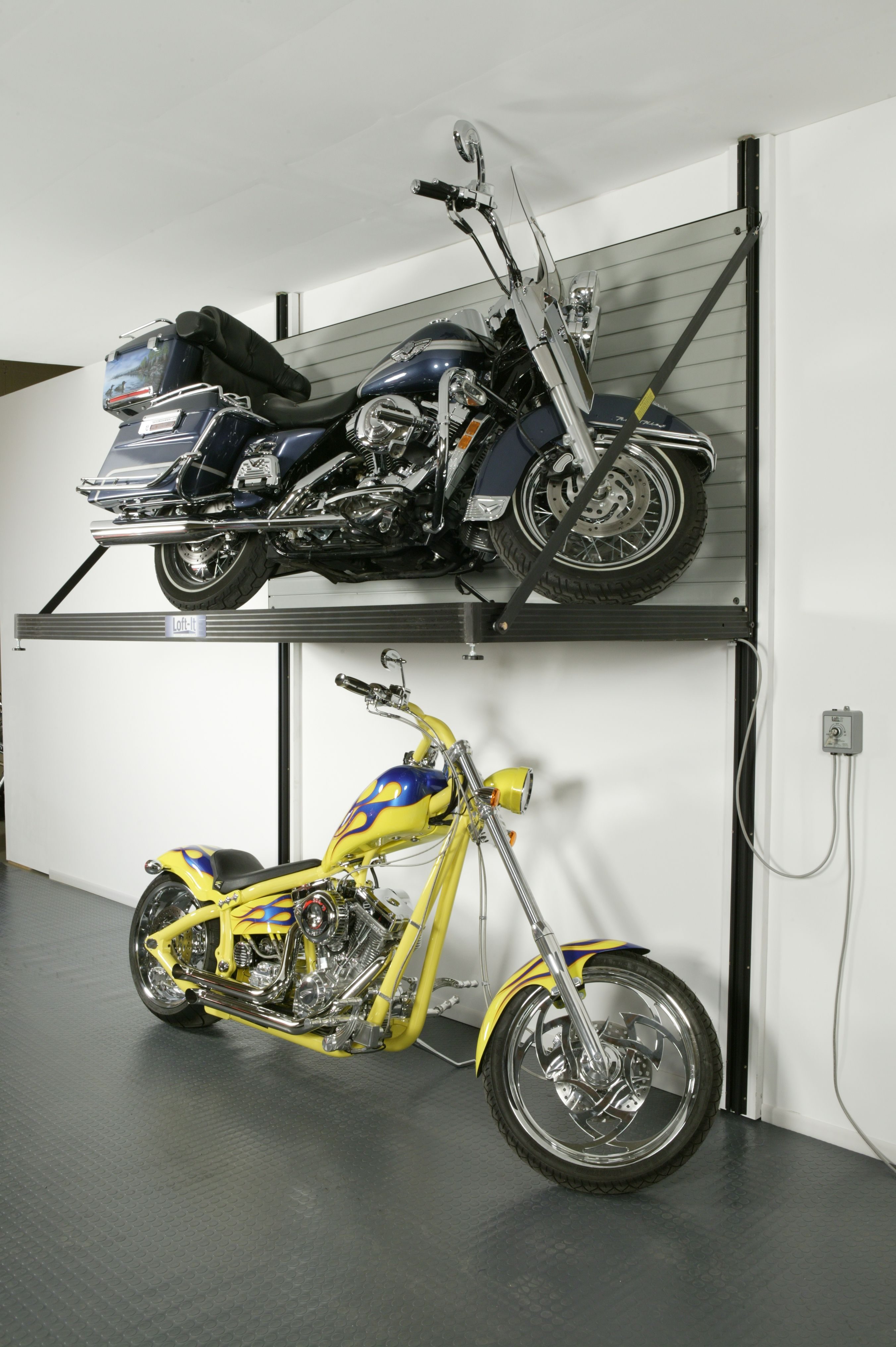 Garage Storage Lift Hubby Needs This! | Garã¡å¾, Skladovã¡nã­